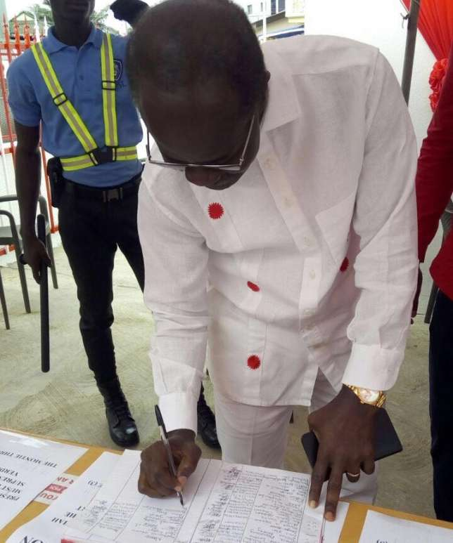 Photo of PPP's petition book against Montie 3 stolen