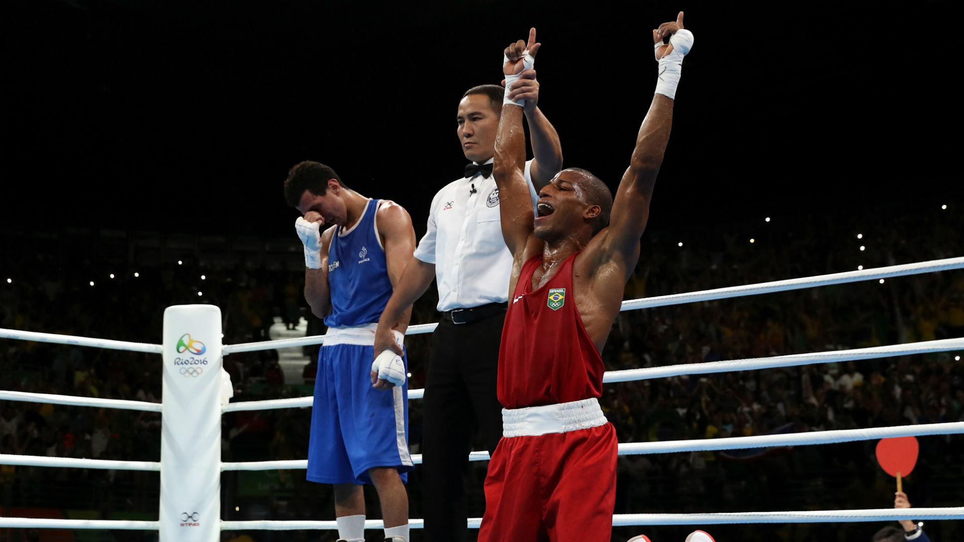 Photo of Robson Conceicao wins boxing gold for Brazil