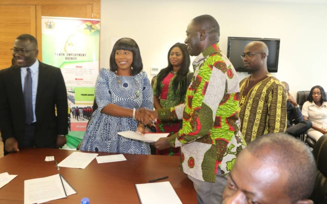 Photo of YEA to engage 500 Ghanaian IT grads