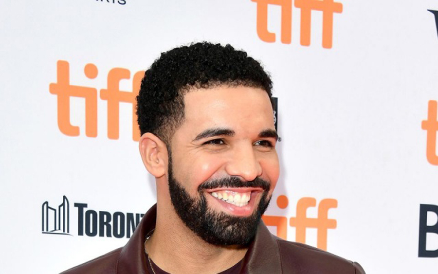 Photo of Did Drake just confirm he's the father of a porn star's baby?
